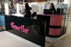 объемные буквы с подсветкой для Brow Bar