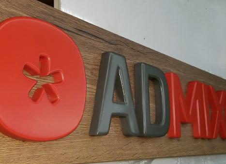 admykser - Об'ємні літери з дерева, каменю, граніту, мармуру